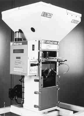Batch-to-batch consistency is maintained with microprocessor-controlled Real Time Live Scale technology on Mould-tek's GXB gravimetric blenders.