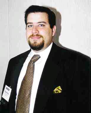 Left: Edgar Acosta, polyester manager, DeWitt & Co. Inc.