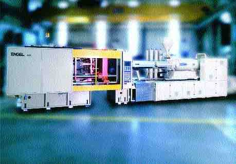 Specially-designed hydraulics give Engel's 600-ton high-speed machine extremely fast, high accuracy response rates.