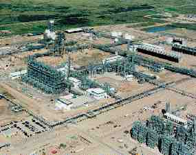 The startup in October of the E3 ethylene plant in Joffre, Alberta is one link in the supply chain that could drive down polyethylene prices in 2001. The plant is jointly owned by NOVA Chemicals and Union Carbide Corp., and will supply both companies' nearby polyethylene facilities.
