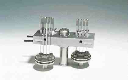 High cavitation is possible in small presses with Heitec's miniature valve gate nozzles.