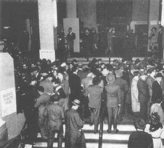 The first SPI exposition was held in New York City in 1946, attracting 87,000 people.