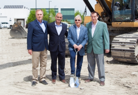 From left to right: Harold Luttmann (COO Athena), Joseph Sgro (General Manager and Partner, ZZEN), Robert Schad (CEO Athena), Victor de Zen (Owner, ZZEN)